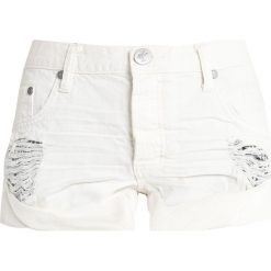 One Teaspoon BANDITS Szorty jeansowe chalk. Białe bermudy damskie One Teaspoon, z bawełny. Za 419,00 zł.
