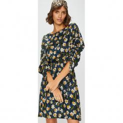Medicine - Sukienka Suffron Spice. Szare sukienki dzianinowe marki MEDICINE. Za 139,90 zł.