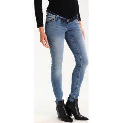 LOVE2WAIT SOPHIA DESTROYED BOTTOM Jeans Skinny Fit stone blue denim. Niebieskie boyfriendy damskie LOVE2WAIT. W wyprzedaży za 239,20 zł.
