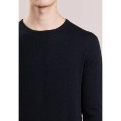 Swetry klasyczne męskie: J.CREW Sweter black