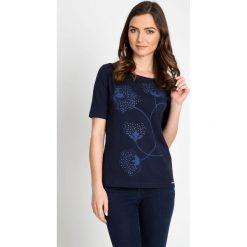 Bluzki damskie: Granatowa bluzka z delikatnym printem QUIOSQUE