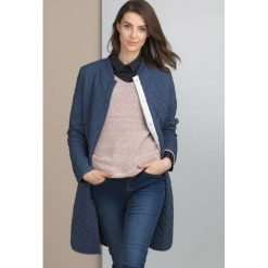 Płaszcze damskie pastelowe: Płaszcz z geometrycznym pikowaniem