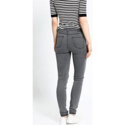 Medicine - Jeansy Inverness. Szare jeansy damskie rurki MEDICINE, z podwyższonym stanem. W wyprzedaży za 69,90 zł.