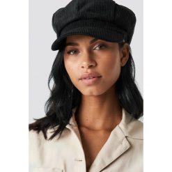 Czapki damskie: NA-KD Accessories Sztruksowa czapka - Black