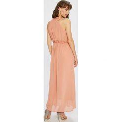 Only - Sukienka. Szare długie sukienki marki ONLY, na co dzień, z materiału, casualowe, z okrągłym kołnierzem, proste. W wyprzedaży za 179,90 zł.