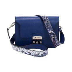 Torebki klasyczne damskie: Skórzana torebka w kolorze niebieskim – (S)26 x (W)15 x (G)8 cm