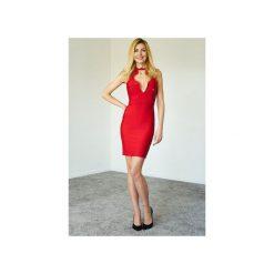 Czerwona sukienka Lilou. Czerwone sukienki balowe Kelly couronne, na imprezę, l, z koronki, z dekoltem na plecach. Za 349,00 zł.