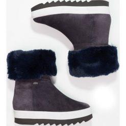 Högl Botki na platformie ocean. Niebieskie buty zimowe damskie HÖGL, z materiału, na platformie. W wyprzedaży za 418,05 zł.