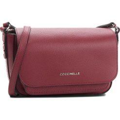 Torebka COCCINELLE - CG1 Organisee Soft E1 CG1 15 01 01  Grape/Caper 746. Czerwone listonoszki damskie Coccinelle, ze skóry. Za 1049,90 zł.