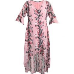 Długie sukienki: Glamorous Curve HALF SLEEVE PALM PRINT WRAP DRESS Długa sukienka pink
