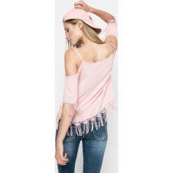 Answear - Bluzka. Szare bluzki nietoperze marki TOMMY HILFIGER, m, z nadrukiem, z bawełny, casualowe, z okrągłym kołnierzem. W wyprzedaży za 34,90 zł.