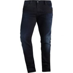 Kaporal EZZY Jeansy Slim fit blublak. Niebieskie jeansy męskie relaxed fit Kaporal, z bawełny. W wyprzedaży za 226,85 zł.