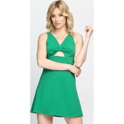 Zielona Sukienka One I Love. Zielone sukienki letnie marki Born2be, s. Za 59,99 zł.