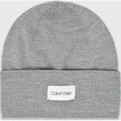 Calvin Klein - Czapka. Szare czapki zimowe męskie marki Calvin Klein, na zimę, z dzianiny. Za 199,90 zł.