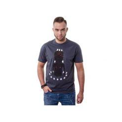 T-shirt Afterparty. Szare t-shirty męskie z nadrukiem marki Button. Za 59,00 zł.