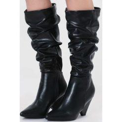 Czarne Matowe Kozaki My Happiness. Czarne buty zimowe damskie vices, z materiału, ze szpiczastym noskiem, na wysokim obcasie, na obcasie. Za 169,99 zł.
