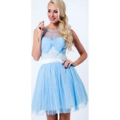 Sukienka z gipiurą i tiulem jasnoniebieska G5236. Czerwone sukienki marki Fasardi, l. Za 149,00 zł.
