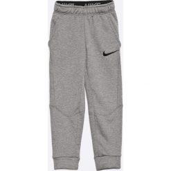 Joggery męskie: Nike Kids – Spodnie dziecięce 122-170 cm
