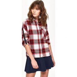Koszula w kratę - Czerwony. Czerwone koszule damskie Sinsay, l. W wyprzedaży za 39,99 zł.
