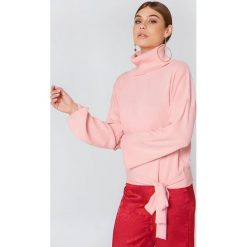 Trendyol Sweter z wiązaniem - Pink. Różowe golfy damskie marki Trendyol, z dzianiny. W wyprzedaży za 60,98 zł.