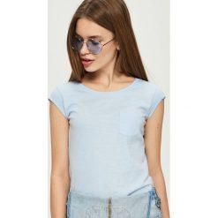 T-shirty damskie: T-shirt basic – Niebieski