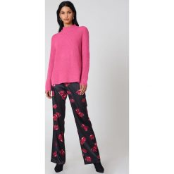 Rut&Circle Sweter z dzianiny Marielle - Pink. Różowe golfy damskie Rut&Circle, z dzianiny, z długim rękawem. Za 161,95 zł.