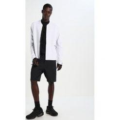 Nike Sportswear TECH Bluza rozpinana white/pure platinum/wolf grey. Białe bluzy męskie rozpinane marki Nike Sportswear, l, z bawełny. W wyprzedaży za 450,45 zł.