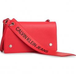 Torebka CALVIN KLEIN JEANS - Logo Banner Shoulder Flap Bag K40K400823 634. Czerwone listonoszki damskie marki Calvin Klein Jeans, z jeansu. Za 449,00 zł.