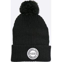 Herschel - Czapka Sepp. Czarne czapki zimowe damskie marki INOVIK, z elastanu. W wyprzedaży za 89,90 zł.