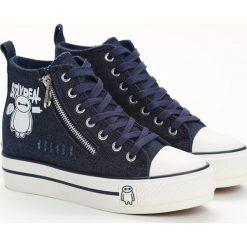 Granatowe Sneakersy Baymax. Niebieskie sneakersy damskie Born2be, z denimu. Za 49,99 zł.
