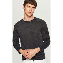 Sweter - Szary. Szare swetry klasyczne męskie marki Reserved, l, w paski, z klasycznym kołnierzykiem. Za 69,99 zł.
