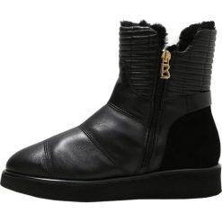 Bogner OSLO Botki black. Szare buty zimowe damskie marki Bogner, m, z nadrukiem, z bawełny. W wyprzedaży za 1279,20 zł.
