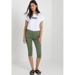 Mos Mosh ETTA COLOUR 3/4 Szorty jeansowe green. Zielone szorty jeansowe damskie Mos Mosh. Za 479,00 zł.
