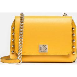 Miodowa torebka damska. Pomarańczowe torebki klasyczne damskie Kazar, w paski, ze skóry. Za 649,00 zł.