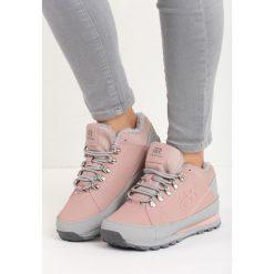 Różowe Buty Sportowe Cold Hands. Czerwone buty zimowe damskie Born2be, z materiału. Za 99,99 zł.