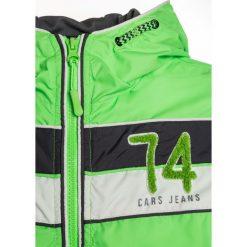 Cars Jeans KIDS LONDO Kurtka przejściowa neon green. Zielone kurtki chłopięce przeciwdeszczowe Cars Jeans, z jeansu. Za 209,00 zł.