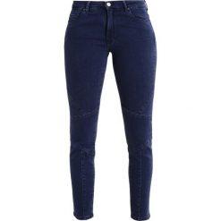 BOSS CASUAL ANAHEIM Jeans Skinny Fit medium blue. Niebieskie jeansy damskie relaxed fit marki BOSS Casual, z bawełny. W wyprzedaży za 384,45 zł.