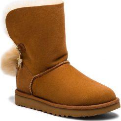 Buty UGG - W Classic Charm Boot 1095717 W/Che. Szare buty zimowe damskie marki Ugg, z materiału, z okrągłym noskiem. Za 1129,00 zł.