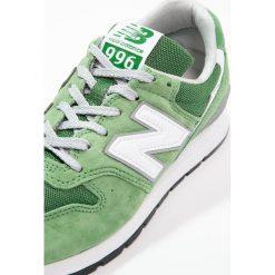 New Balance MRL996 Tenisówki i Trampki green. Zielone tenisówki męskie marki New Balance, z materiału. Za 509,00 zł.