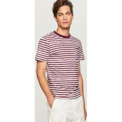 T-shirty męskie: T-shirt w paski z kieszonką – Bordowy
