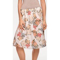 Odzież damska: Spódnica w kolorze jasnoróżowym ze wzorem