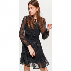 Sukienka w kropki z kolekcji EQUAL - Czarny. Czarne sukienki z falbanami marki Cropp, l, w kropki. Za 99,99 zł.