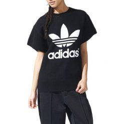 Sweter w kolorze czarnym. Czarne swetry oversize damskie Adidas, Reebok. W wyprzedaży za 299,95 zł.