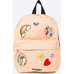 Wrangler - Plecak. Szare plecaki damskie Wrangler, z aplikacjami, z bawełny. W wyprzedaży za 129,90 zł.