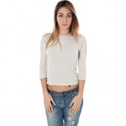 Bluzka w kolorze jasnoszarym. Szare bluzki damskie Just Cavalli, Calvin Klein, Lee, z okrągłym kołnierzem. W wyprzedaży za 139,95 zł.