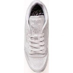 Reebok Classic - Buty. Szare buty sportowe damskie reebok classic marki Reebok Classic, z materiału. W wyprzedaży za 239,90 zł.