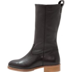KIOMI Kozaki black. Czarne buty zimowe damskie KIOMI, z materiału. W wyprzedaży za 356,30 zł.