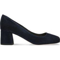Czółenka ERI. Niebieskie buty ślubne damskie Gino Rossi, ze skóry, na słupku. Za 214,95 zł.