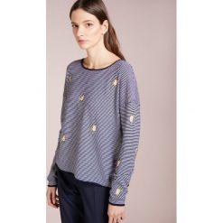 Swetry klasyczne damskie: FTC Cashmere EMBROIDERY Sweter dark blue