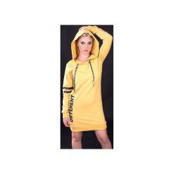 """Sukienka """"Different Yellow"""" - Bohater x Paula Tomczyk. Żółte sukienki dzianinowe marki Unicut, m, z napisami, z kapturem. Za 104,30 zł."""